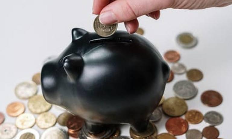 Handle Money As An Entrepreneur Rather Than A Consumer